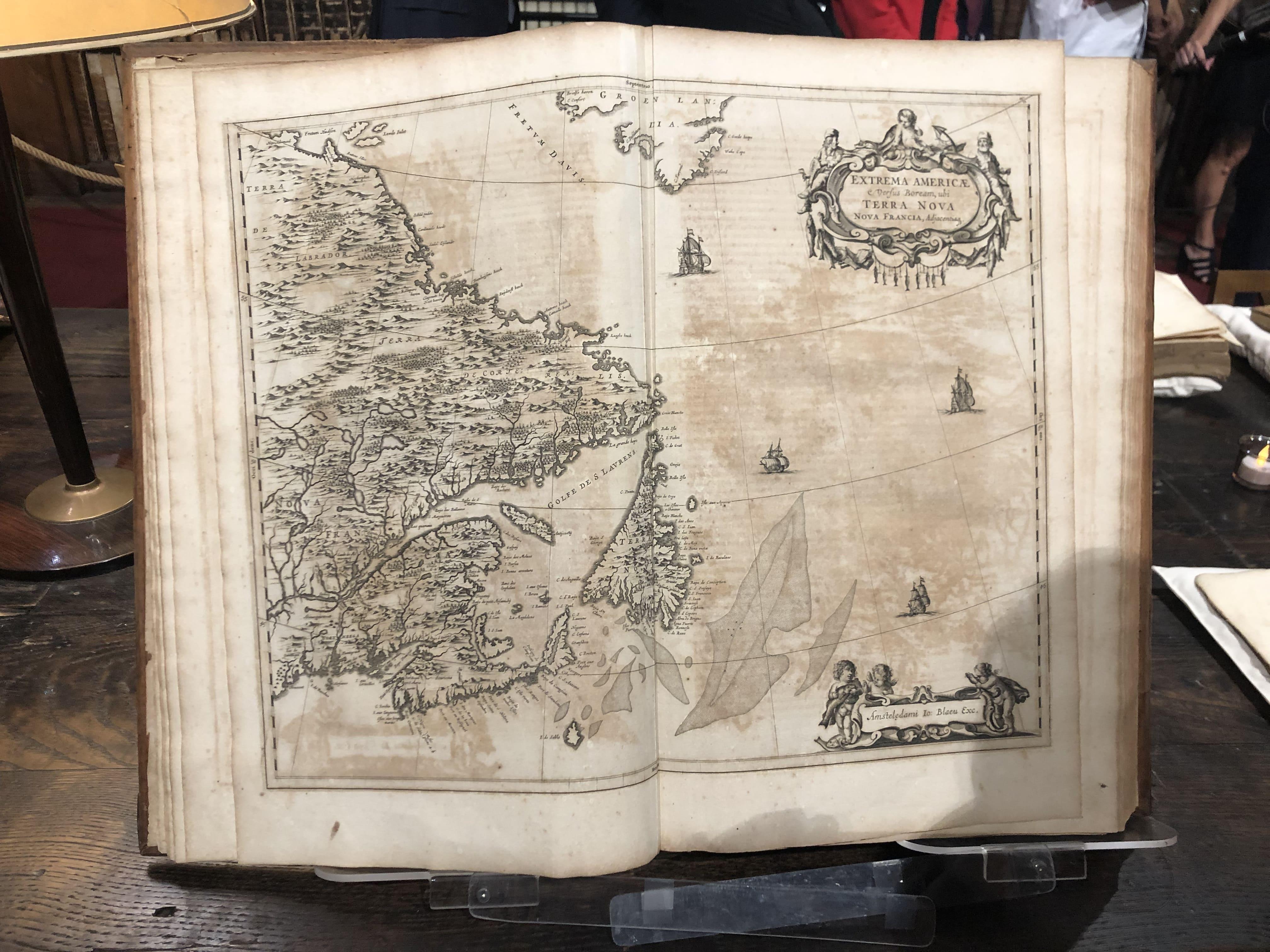 Vue d'un atlas - Bibliothèque Fesch